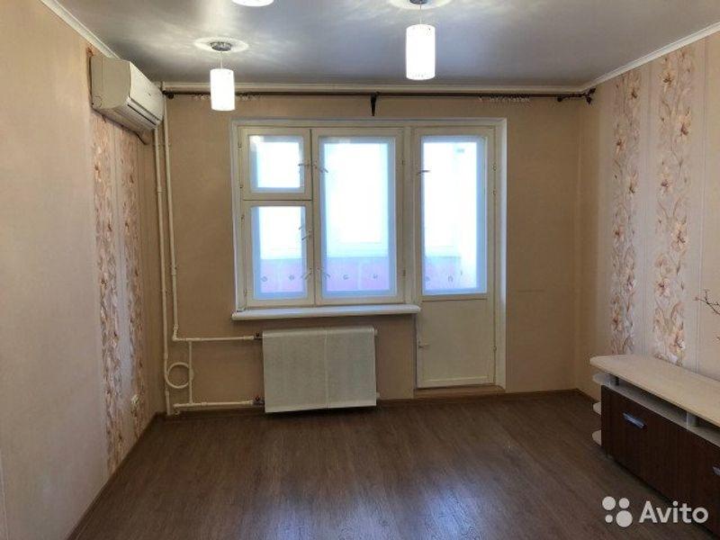 Продам 1-комнатную квартиру в городе Саратов, на улице Батавина, 13, 9-этаж 10-этажного  дома, площадь: 40/19/12 м2