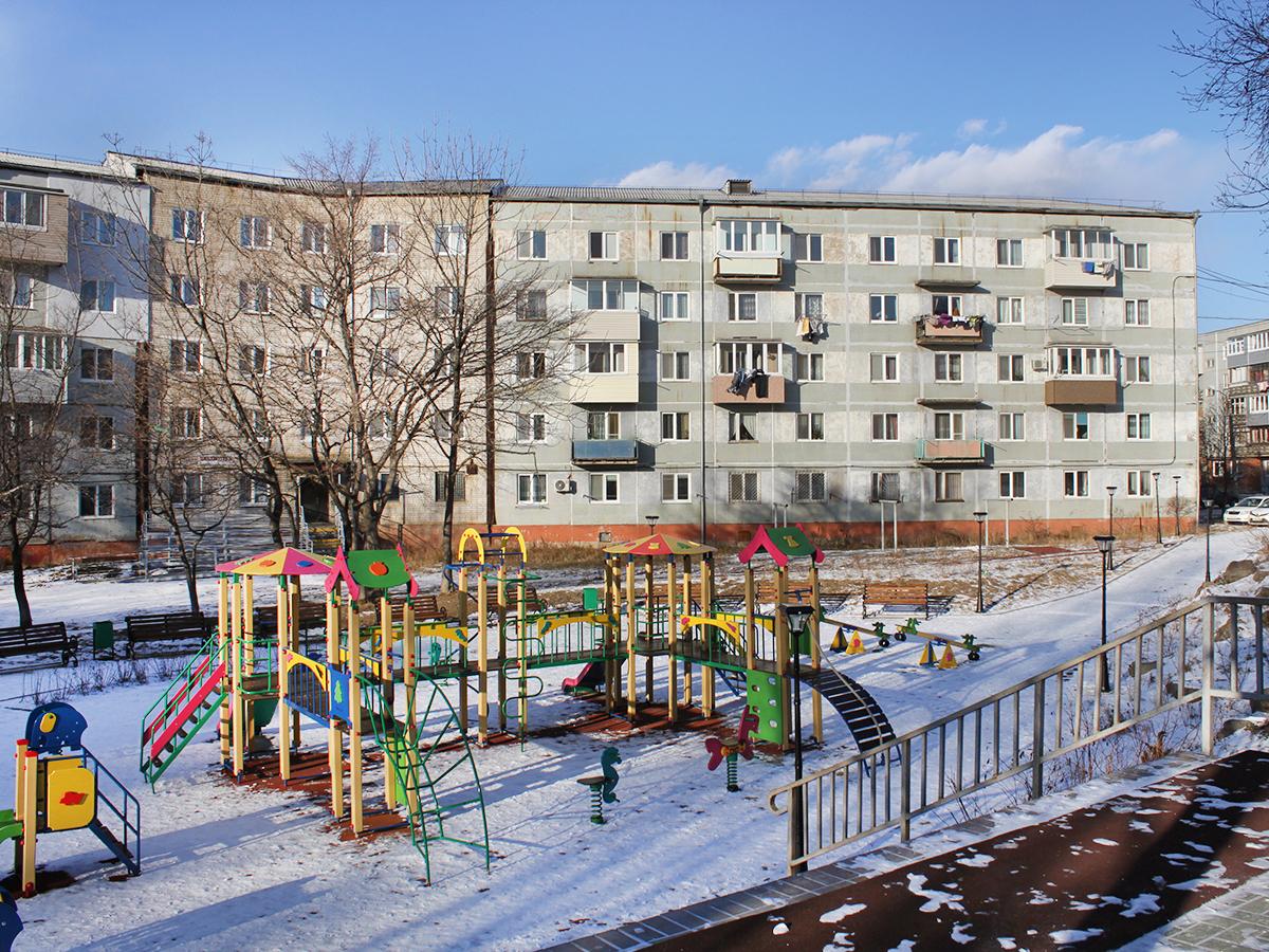 Фото: Квартира с тремя раздельными комнатами в центре Береговой