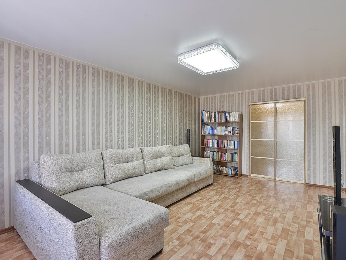Фото: Просторная 3-комнатная квартира с 2-мя балконами и лоджией в районе Сидоренко
