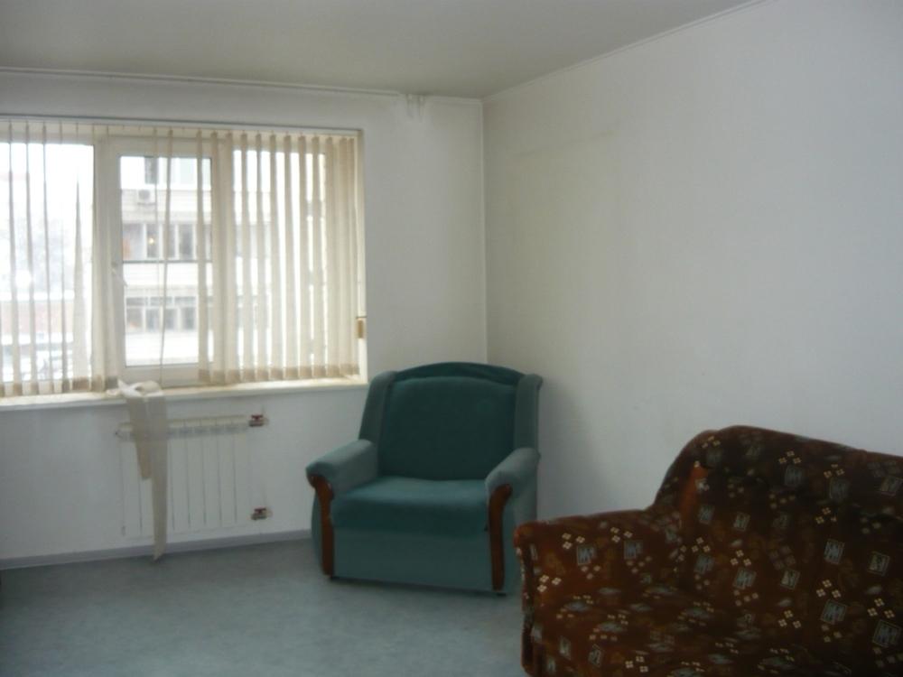 Сдам 2-комнатную квартиру в городе Саратов, на улице Чапаева, 54, 4-этаж 9-этажного Кирпич дома, площадь: 56/30/9 м2