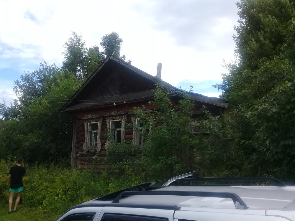 Верхозерье, Московская ул., д. 20, дом кирпичный с участком 24 сот. на продажу